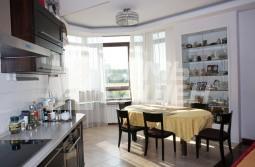 Продается 4-х комнатная квартира с отделкой в ЖК «ЗОЛОТЫЕ КЛЮЧИ-2″