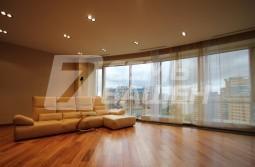 5-комнатная квартира с ремонтом и мебелью в ЖК «МИРАКС-ПАРК»