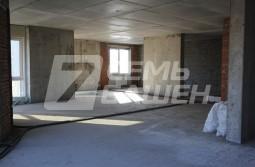 Продается 3-х комнатная квартира свободной планировки